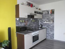 Prodej, byt 2+kk, 39 m2, Praha 9 - Černý Most, ul. Bryksova