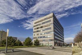 Pronájem, kanceláře, 588 m2, Praha 9 - Prosek, ul. Prosecká