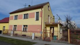 Prodej rodinný dům 6+1, 873 m2, Slavětín