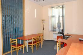 Pronájem, kancelář 24 m2, nám. T.G.Masaryka, Sedlčany