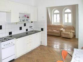 (Prodej, byt 1+1, OV, 46 m2, Karlovy Vary, ul. Tržiště), foto 2/23
