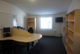 Pronájem, kancelářské prostory, 96 m2, Český Brod