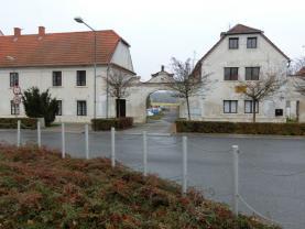 Pronájem, byt 2kk, I.NP, 50 m2, Brozany n/Ohří