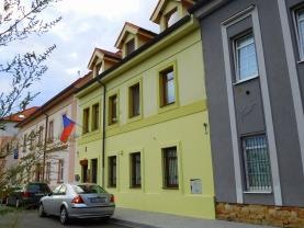 Pronájem, kancelářské prostory + byt 3+1, 178 m2, Plzeň