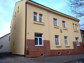 Pronájem, byt 3+1, 75 m2, Hradec Králové