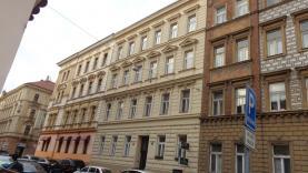 Pronájem, byt, 2+1, 65m2, 2.patro, Praha 5 Smíchov