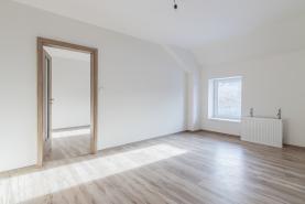 (Prodej, byt 3+1, 82 m2, Holice, ul. Hanzlova), foto 2/11