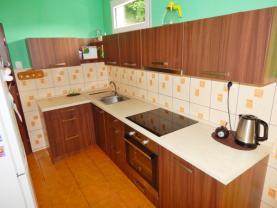 kuchyň (Prodej, rodinný dům, Benešov nad Ploučnicí), foto 2/28