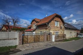 Prodej, rodinný dům 4+1, 374 m2, Malotice