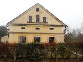 Prodej, rodinný dům, 1937 m2, Kladruby - Tuněchody