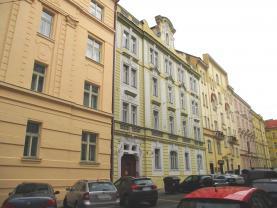 Pronájem, byt 1+1, 33 m2, Praha 5 - Smíchov, ul. Vrázova