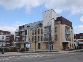 Prodej, byt 3+kk, 86 m2, Statenice, ul. Zelená