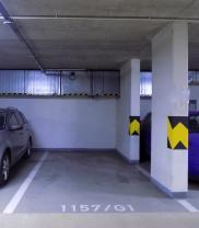 (Prodej, garážové stání, 18 m2, Praha 9, ul. Poděbradská)