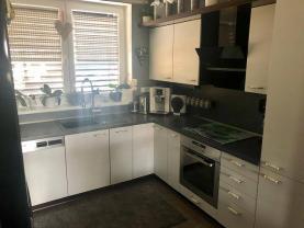 Prodej, rodinný dům 3+kk, 478 m2, Němčice
