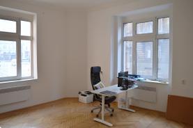 Pronájem, kancelář, 41 m2, Praha 2 - Legerova ul.
