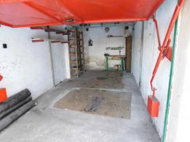 (Prodej, garáž, 20 m2, Kladno, ul. Na stráni)