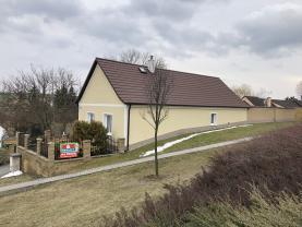 Prodej, rodinný dům 2+1, 828 m2, Studeněves