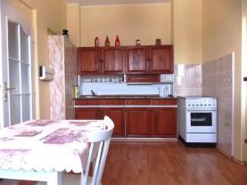 Prodej, byt 3+1, 77 m2, Karlovy Vary, ul. Dlouhá