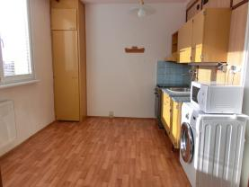(Pronájem, byt 1+1, 37 m2, Frýdek - Místek, ul. Antala Staška)