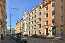 Prodej, nebytové prostory, 90m², Vyšehrad