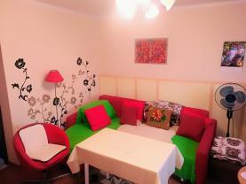 (Prodej, rodinný dům 7+2, 150 m2, Prostřední Suchá)