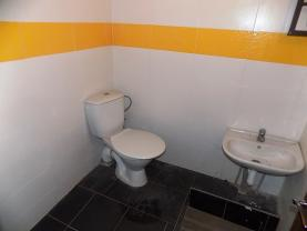 sociální zařízení (Prodej, nebytový prostor, 37 m2, Ústí nad Labem, ul. A.České), foto 3/7