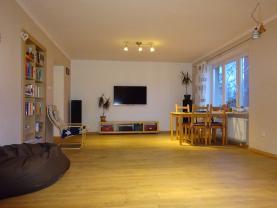 Obývací pokoj (Prodej, byt 5+1, 161 m2, Rožnov pod Radhoštěm , ul. 1. máje), foto 4/21