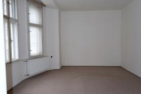 ložnice 1 (Pronájem, byt 4+1, 130 m2, Ostrava, ul. Zahradní), foto 4/22