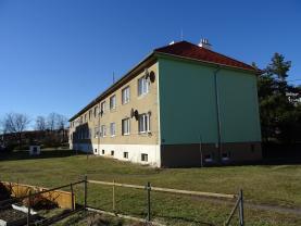 Prodej, byt 2+1, 68 m2, Komárov