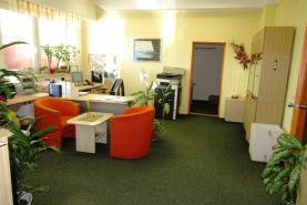 Pronájem, kancelářské prostory, 95 m2, Pardubice - centrum