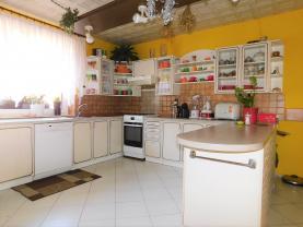 Prodej, rodinný dům, 6+1, 93 m2, Cheb, ul. Gustava Noska