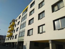 Prodej, byt 2+kk, 58 m2, lodžie, Pardubice - centrum