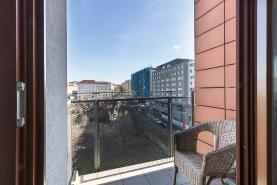 Balkón (Prodej, byt 1+kk, 27m2, OV, Praha 3, Žižkov), foto 3/16