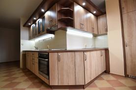 (Prodej, byt 3+1, Plzeň, 69 m2, ul. Vojanova), foto 2/21