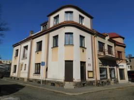 Prodej, bytový dům, Lomnice nad Popelkou, ul. Školní náměstí