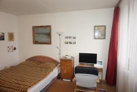 obývací pokoj (Prodej, byt 3+1, Kolín, ul. Radimského), foto 3/18