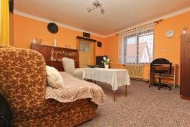 Prodej, rodinný dům 4+2, 156 m2, Chotíkov