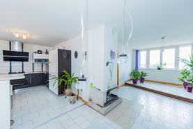kuchyň (Prodej, rodinný dům 4+2, Ústí nad Labem, ul. Jeseninova), foto 3/32