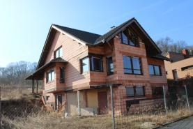 Prodej, rodinný dům, 8+1, 982 m2, Zeměchy