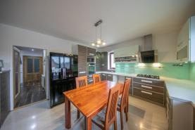 Prodej, rodinný dům 5+kk, 911 m2, Klopina - Veleboř