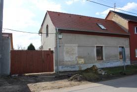 Prodej, rodinný dům, 573 m2, Zlonice- Břešťany