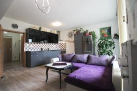 Prodej, byt 3+kk, OV, 75 m2, Holubice