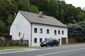 Prodej, rodinný dům, pozemek 5376 m2, Bečov n. Teplou
