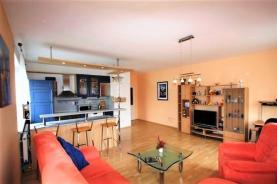 Prodej, byt 1+kk, 42 m2, Praha 6 - Lysolaje