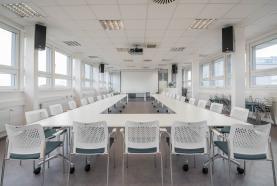 Pronájem recepce a konferenční místnost o celk.ploše 478 m2 (Pronájem, školící centrum, recepce, 478 m2, Mníšek p. B.), foto 2/16