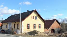 Prodej, rodinný dům, 406 m2, Zlešice, Malenice