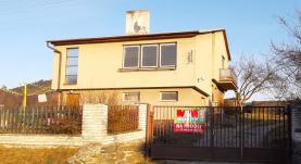 Prodej, rodinný dům 4+2, 797 m2, Bohuňov