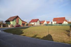 Prodej, pozemek, 650 m2 , Holohlavy