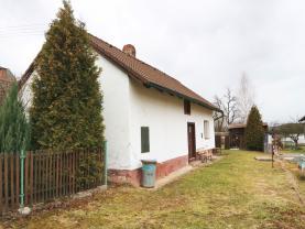 Prodej, rodinný dům 1+1, 1435 m2, Záluží, Tábor