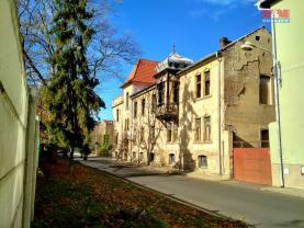 jižní průčelí (Prodej, nájemní dům, 1252 m 2, Litoměřice, Rybáře), foto 2/37